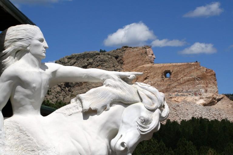 crazy-horse-memorial-e1450410661946